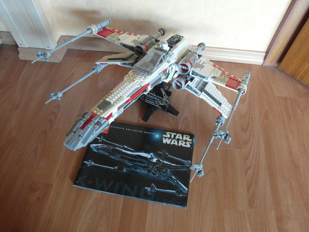 Lego Star Wars 7191 X-Wing fighter Ultimate Collectors Series de 2000