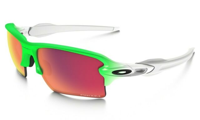 213dcd7a7fe6 Oakley Oo9188 43 Flak 2.0 XL Wrap Sunglasses White Field Green   Prizm