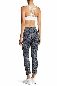 Nike-Essential-Tight-Fit-Cropped-Printed-Tights-849889-065-Size-M