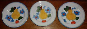 Italy? Terracotta Pottery Pear Strawberry Fruit Flower White 3 Salad Plates BU2
