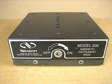 """Newport  200  MAGNETIC BASE  300 lbs Holding Force 1/4""""-20 Threads"""