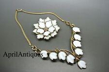 Vintage Trifari white flower petals glass gold-tone cocktail brooch necklace set