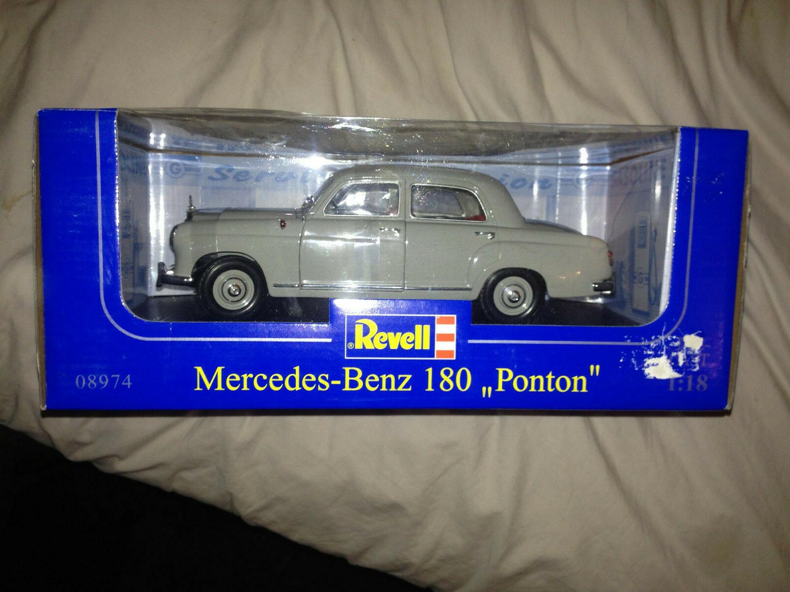 Revell Rarity Mercedes Benz 180 Ponton i grå - MINT & lådaED