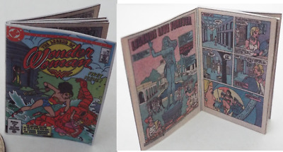 Mini vintage style  /'WONDER WOMAN/' Comic Dolls 1:12 scale OPENING printed PAGES