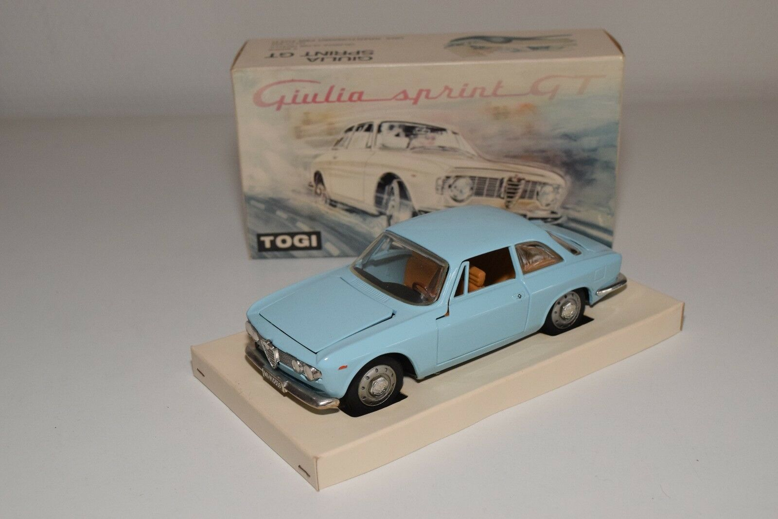 V 1 23 TOGI ALFA ROMEO GIULIA GT SPRINT 1300 JUNIOR LIGHT blu MINT BOXED