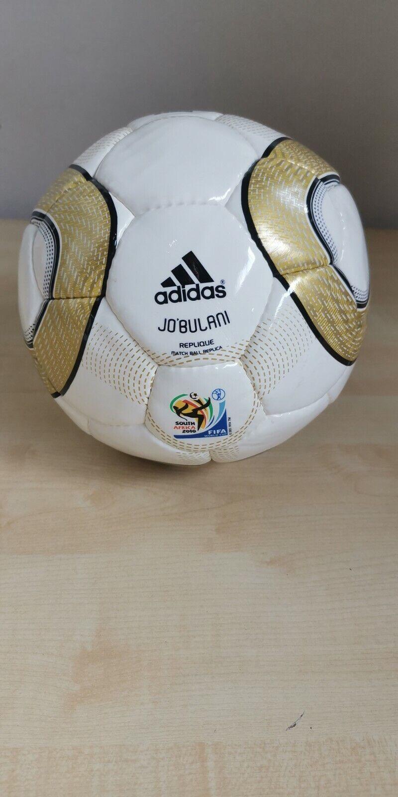 Adidas Jo Bulani South Africa 2010 T2130