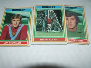 -#234- BURNLEY BLUE BACK 1976 TOPPS-FOOTBALL PETER NOBLE