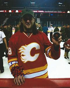 GFA Calgary Flames BEN HANOWSKI Signed 8x10 Photo COA