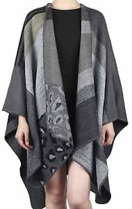 Designer Damen Poncho Strickcape Jacke Mantel Grau Bunt Einheits Gr.