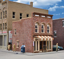 3471 Walthers Cornerstone Vic's Barber Shop Kit HO Scale