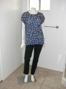 Chaus Womans Blouse Top Med. Semi Sheer Cap Sleeves Blue White Print