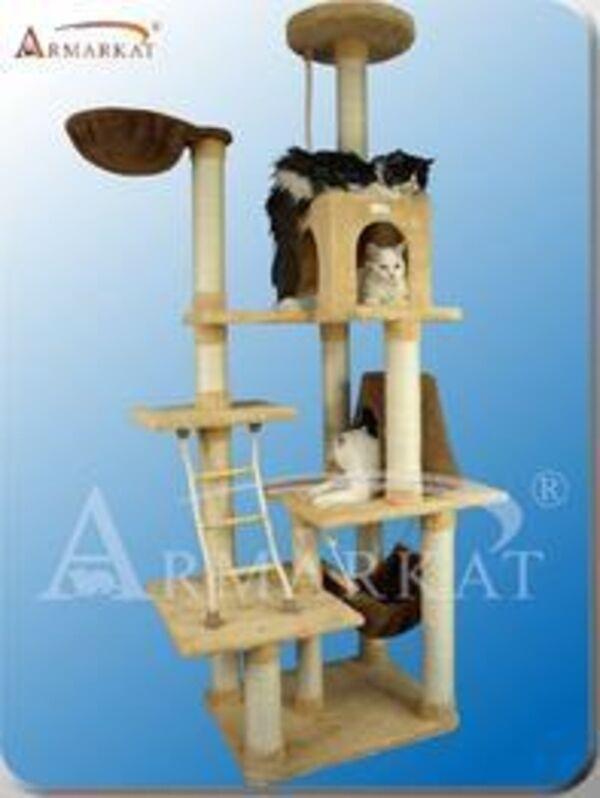 Aeromark Premium Cat Tree in goldenrod X7805 , 42  L x 26  W x 78  H  New