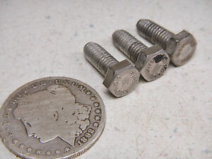 99 OMC EVINRUDE 115 MIDSECTION STEERING SWIVEL LOWER MOUNT COVER MOUNTING BOLTS