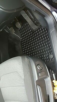 VAUXHALL INSIGNIA 2008-2013 TAILORED BLACK CAR MATS WITH WHITE TRIM