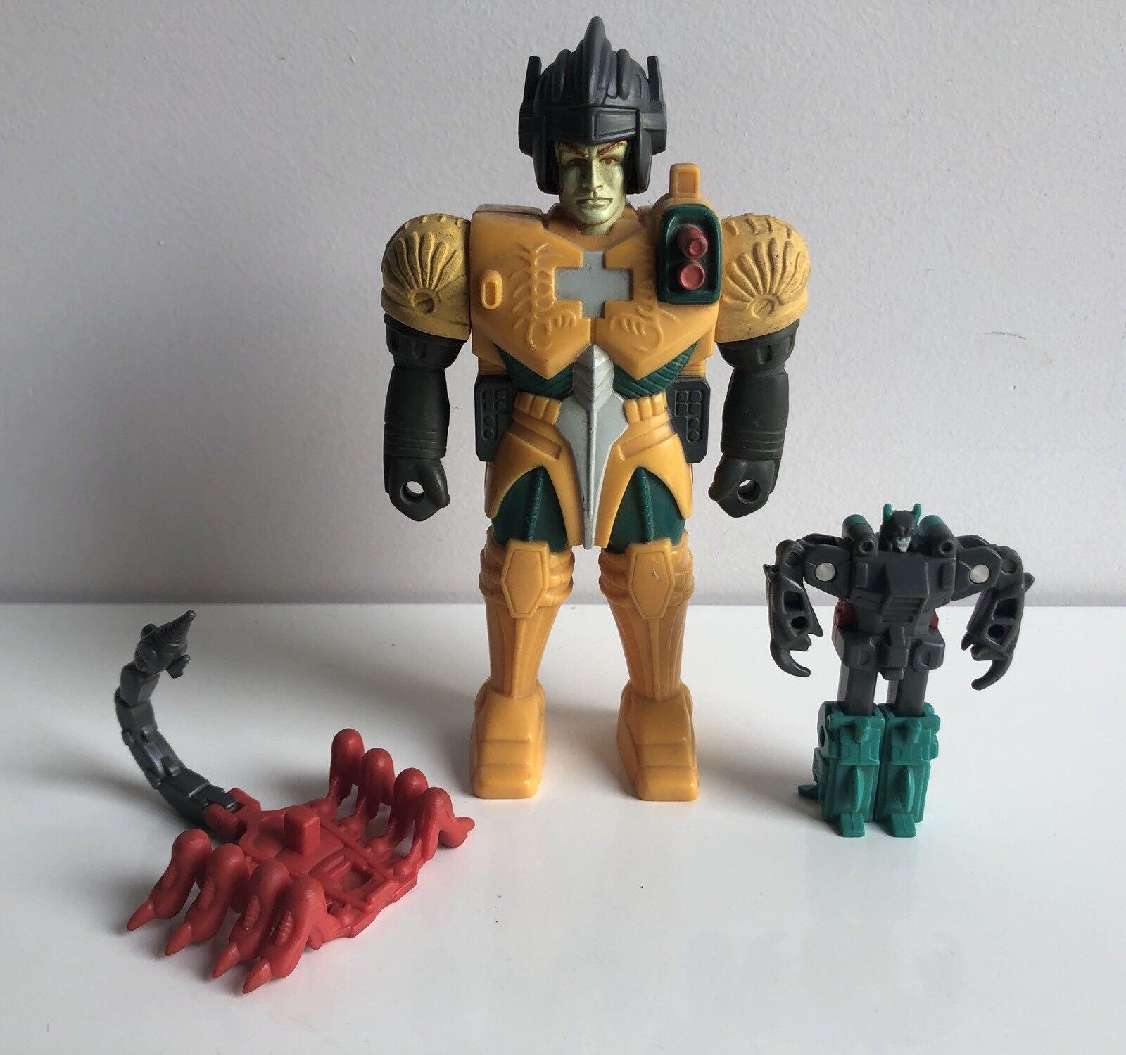 Transformers G1 Pincher Pretenders 99% Complete
