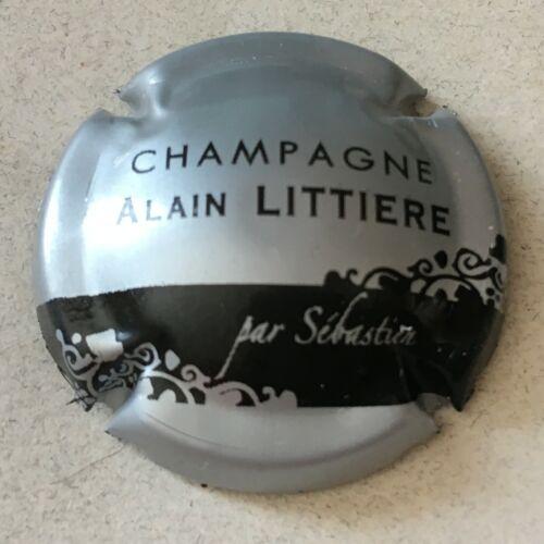Capsule de champagne LITTIERE Alain 13. argent et noir
