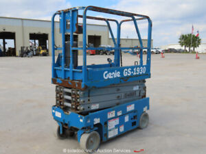 2014-Genie-GS1930-Electric-19-039-Scissor-Lift-Aerial-Manlift-Platform-24V-bidadoo