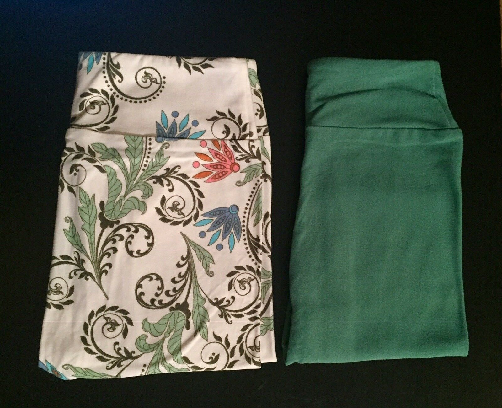 2 NEW Tween LEGGINGS LuLaRoe GREEN &CP Cream FLORAL SCROLLS UNICORN Fits Adult 4