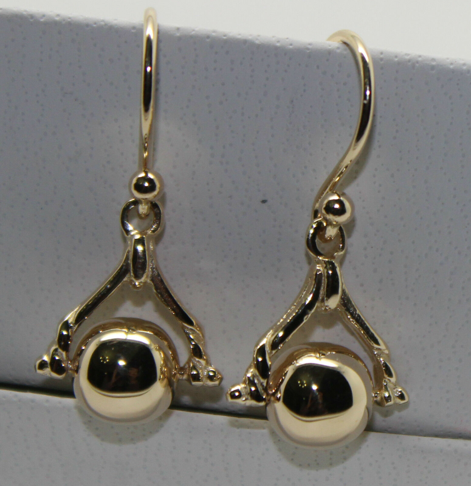 9CT  YELLOW gold PLAIN BALL SPINNER EARRINGS  FREE EXPRESS POST IN OZ