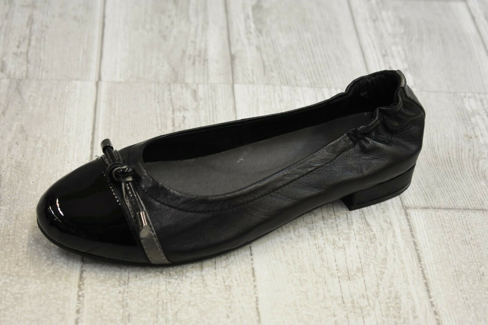 David Tate Amelia Cap Toe Leather Flats, Wouomo Dimensione 8W, nero NEW