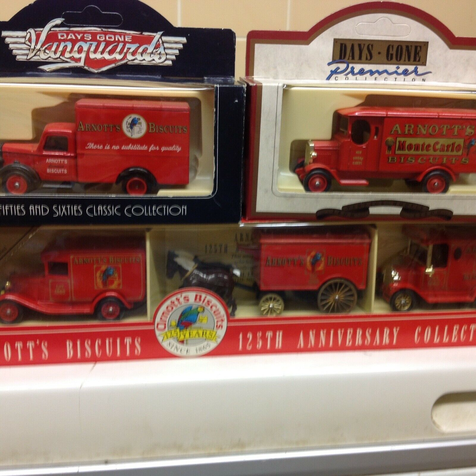 Lledo arnotts set and two models NEW