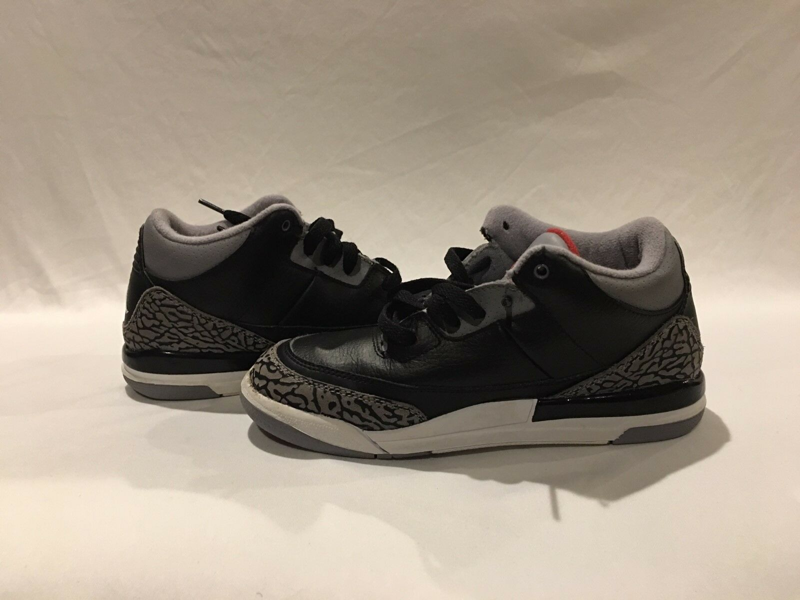 179da3233343 Nike Air Jordan Jordan Jordan 3 III 2011 Retro Black Leather Gray and black  boy size