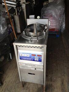 BROASTER-1600E-Electric-Pressure-Fryer