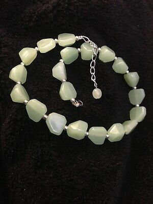 Vintage Necklace Chunky White Textured Graduated Beads Fun 60s Fashion