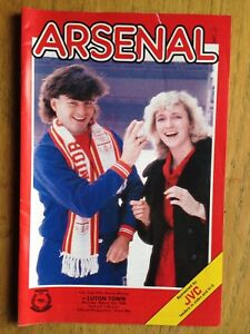 Arsenal v Luton Town 198586 FA Cup programme - Pinner, United Kingdom - Arsenal v Luton Town 198586 FA Cup programme - Pinner, United Kingdom
