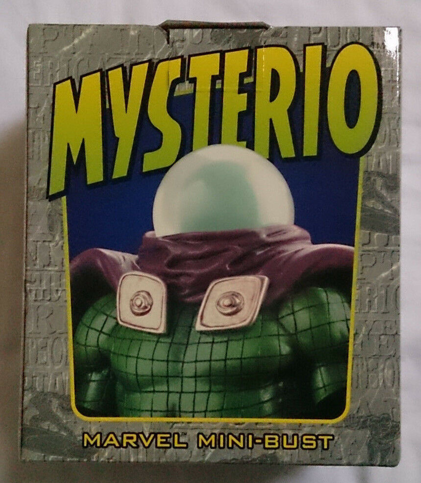 Marvel Comics Bowen Spider-Man Mysterio mini bust statue with box VGC