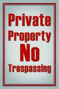 Private-Property-No-Trespassing-Tin-Sign-Shield-Tin-Sign-20-x-30-cm-CC1011