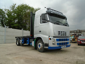 2002 Volvo FH12 420 Globetrotter 6x2 Flatbed