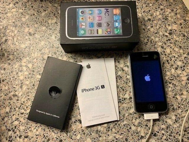 iPhone 3GS, 8 GB, sort