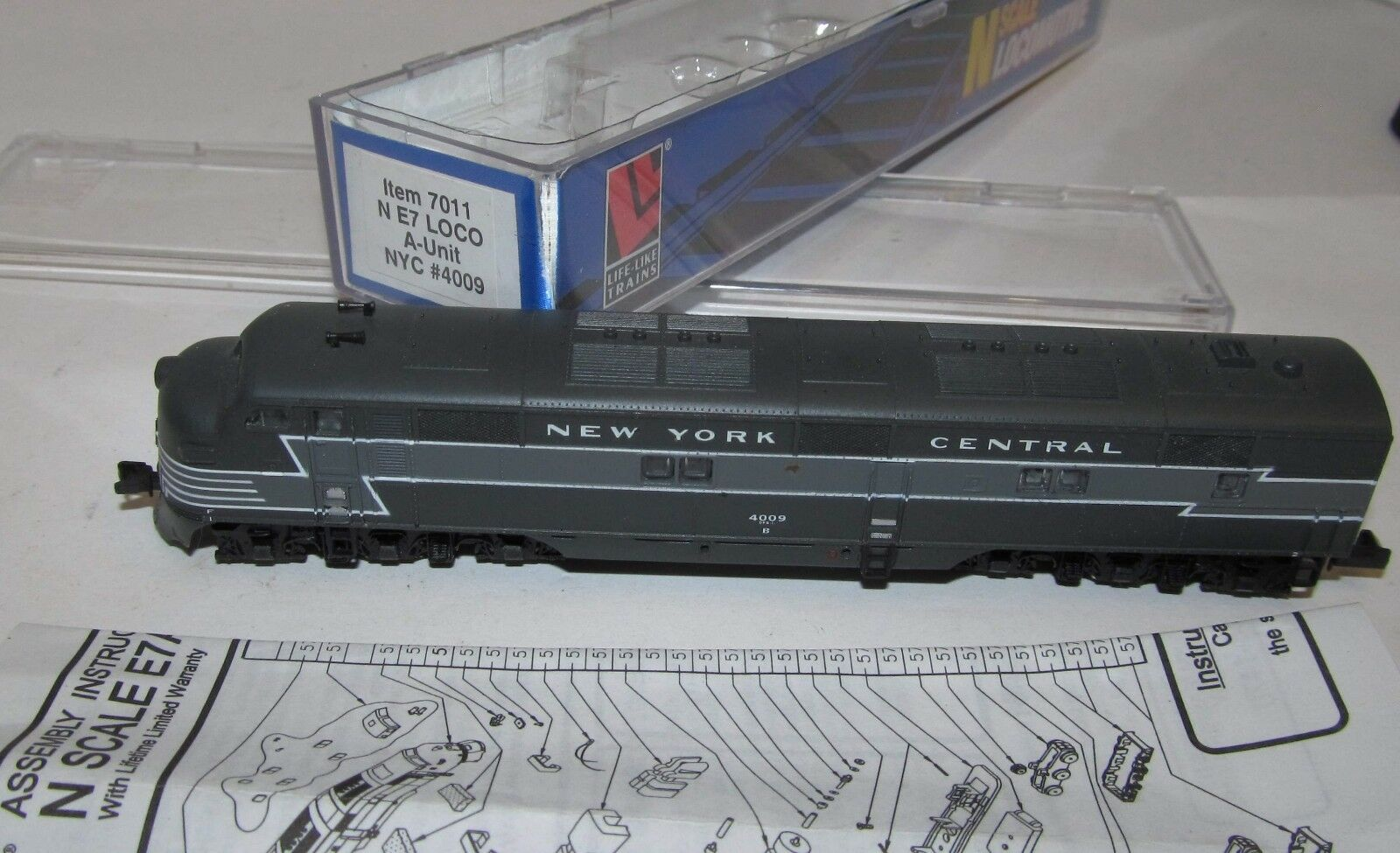 Life-Like Spur N 7011, analoge Diesellok USA NYC 4009, lesen, OVP XR0570X    Attraktive Mode