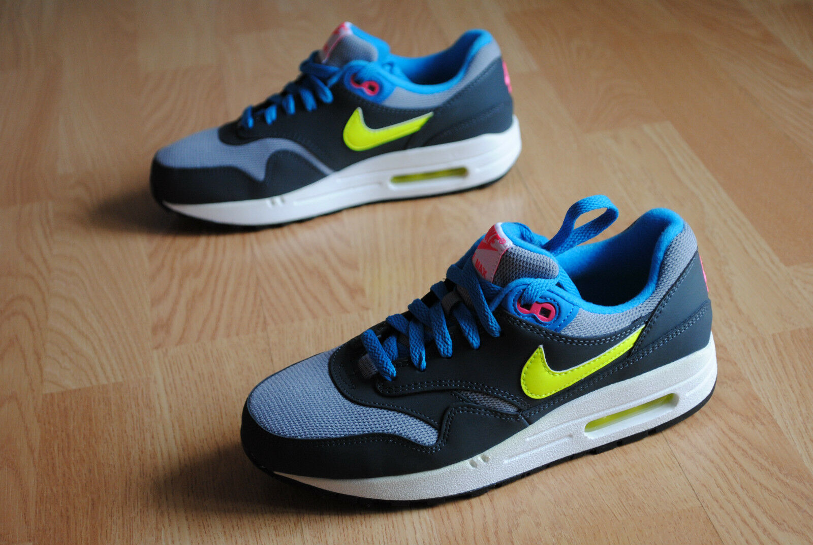 Zapatos promocionales para hombres y mujeres NIKE Air Max 1 gs gr  38 38,5  cOmManD claSsic fReE skyline 90 bW light