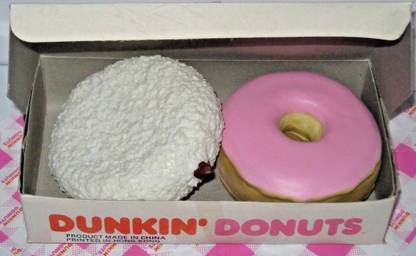 DUNKIN' DONUTS Fake Play food SCENTED COCONUT COCONUT COCONUT Frosted ADULT Collector Box MTC 5705aa