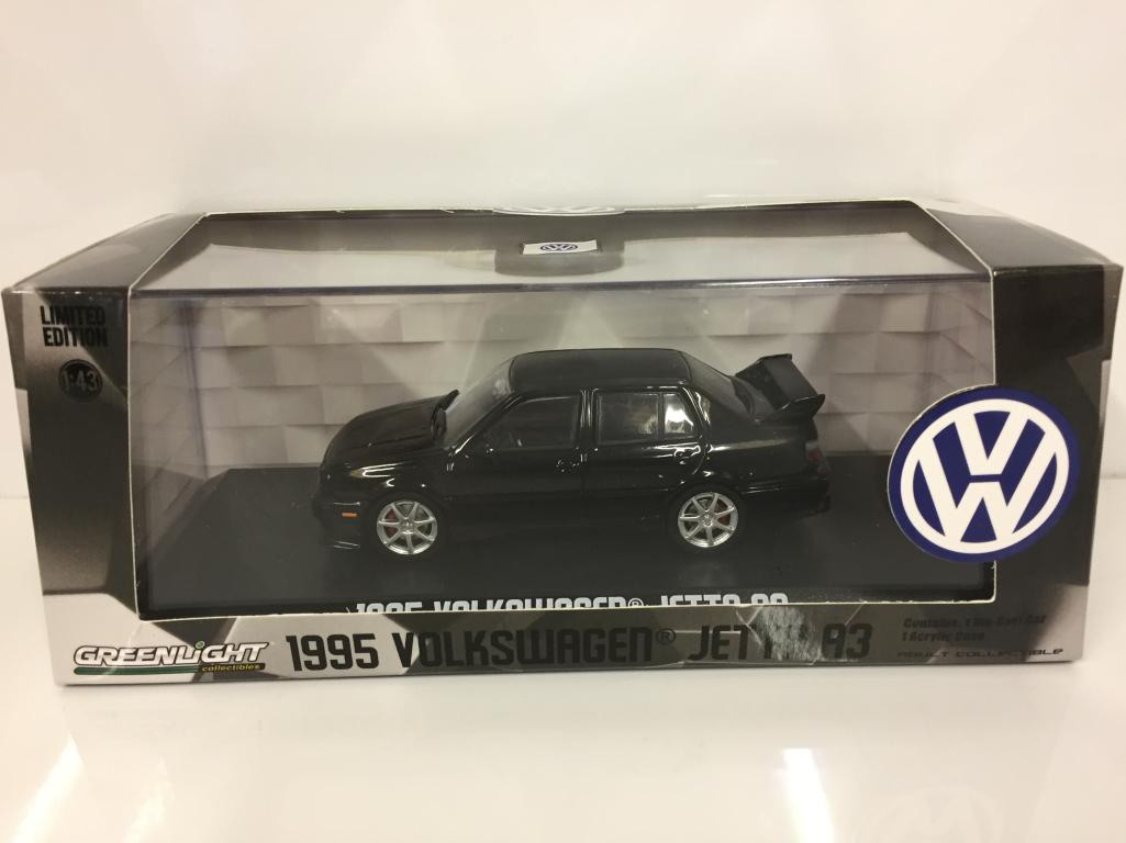 Volkswagen Jetta A3 1995 schwarz 1:43 Maßstab Grünlight 86314