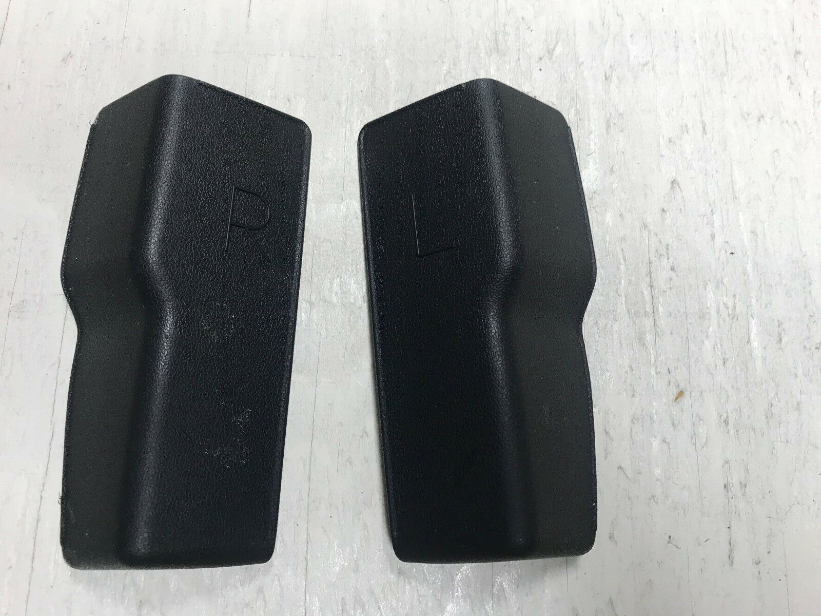 TOYOTA Genuine 71811-08020-B1 Seat Cushion Shield