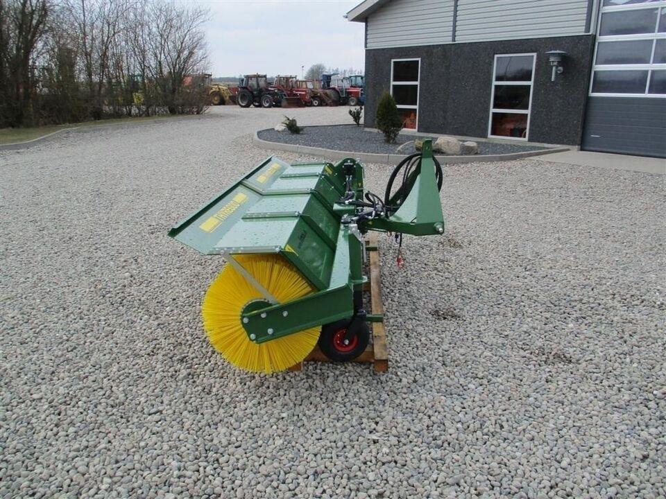 Andet, TK 3300 Med hydraulisk træk og sving