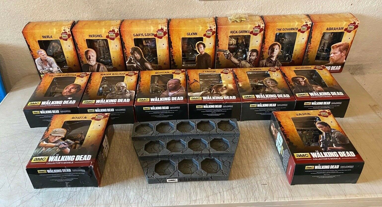 Collection Of 15 THE WALKING DEAD Figures and Stand