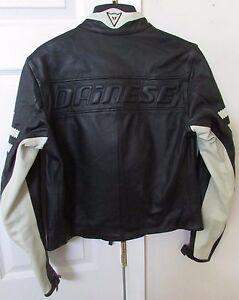 Dainese-Molvena-Vi-36060-Black-Leather-Motorcycle-Jacket-Size-Euro-44-US-Small