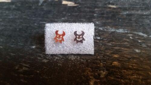 Aretes dulce monstruos pequeños cuernos en Rosé-oro punk Gothic horror Cool nuevo