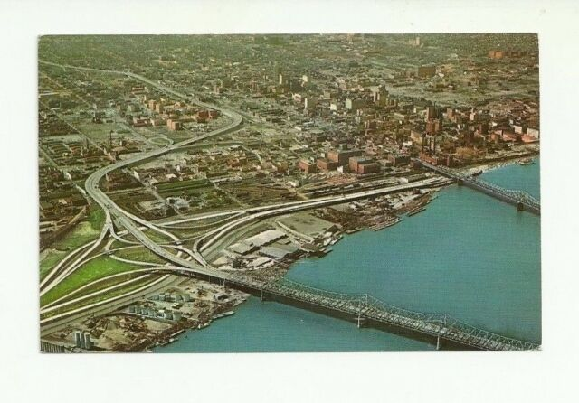 AIRVIEW, OHIO RIVER AND BRIDGES, LOUISVILLE, KENTUCKY CHROME POSTCARD