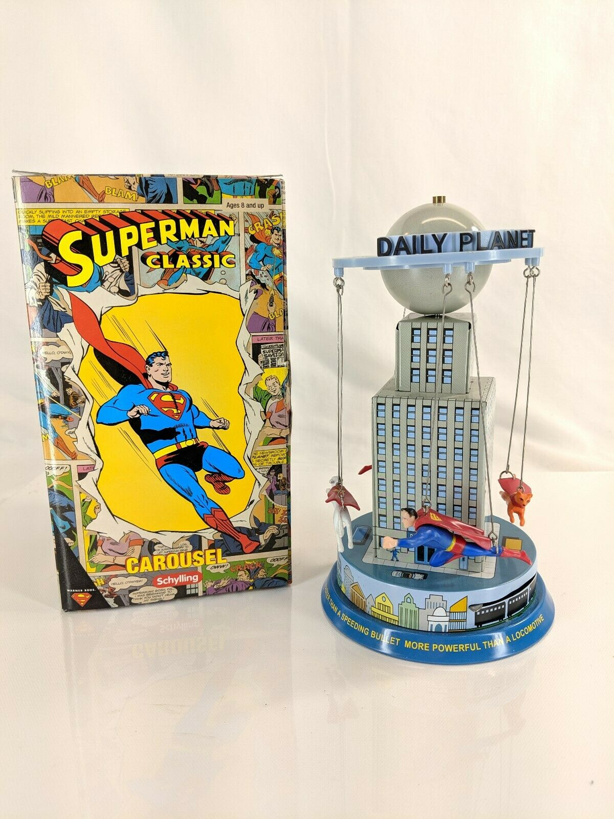 Superhomme Classic Tin voitureousel Toy  Warner Bros 2001 Krypto Supergirl Streaky Used  expédition rapide et meilleur service