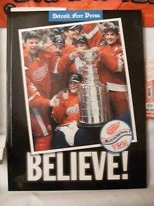 Detroit-Red-Wings-1998-NHL-Stanley-Cup-Champions-Memorabilia-New-amp-Used-All-Ages