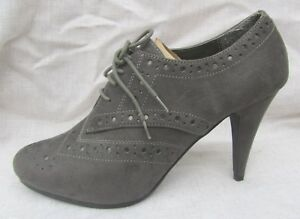 WOMEN JODIE Lace Up Wing tip Monk