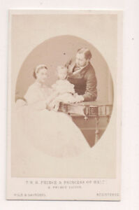 Vintage-CDV-King-Edward-VII-amp-Queen-Alexandra-of-Great-Britain-amp-Family