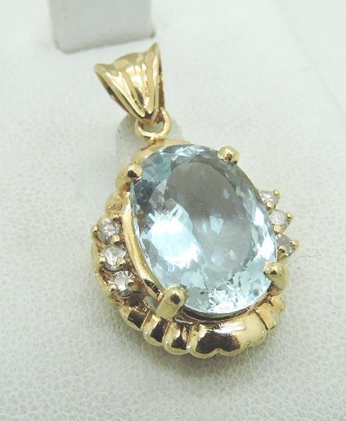 Genuine Aquamarine 7 Carat Solitaire diamond accents Pendant 14k gold w  Cert
