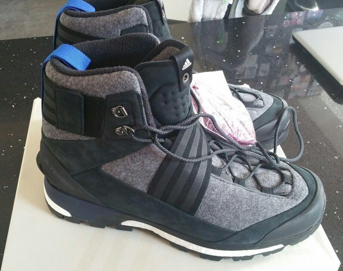 Adidas Consortium X XHIBITION Terrex Tracefinder Mountain Boots (CM7881) UK10