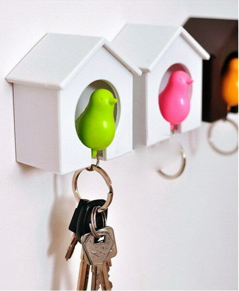 Creative House Bird Nest Sparrow Key Chain Ring Home Wall Hook Holders Whistle